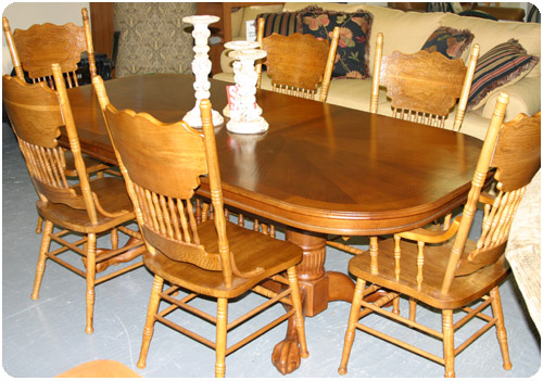 Carolina Furniture Outlet Large Dining Table